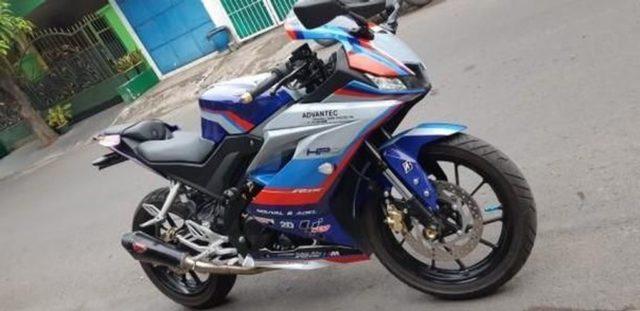 Yamaha-YZF-R15-Moto-GP-Safety-bike-livery-2