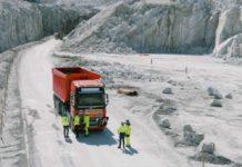 volvo driverless truck