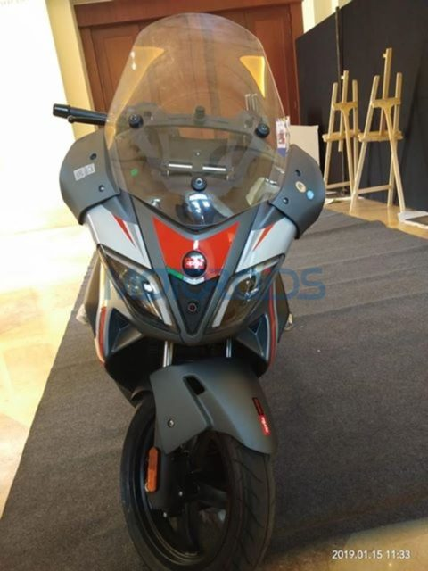 Aprilia-SR-Max-300-Spied-In-India-For-First-Time-2