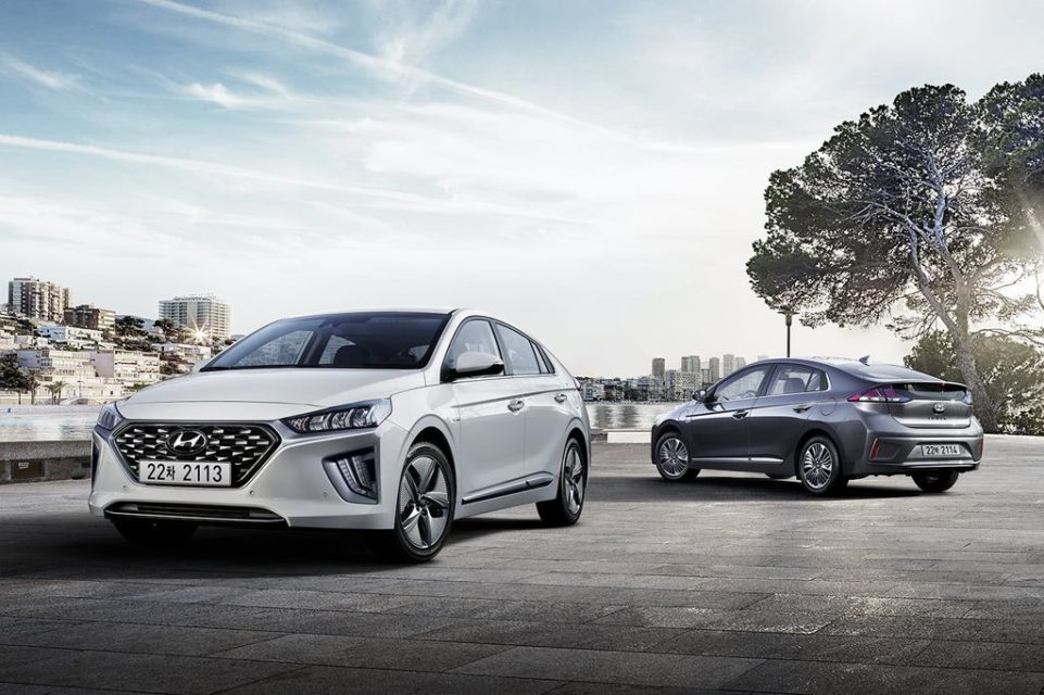 Hyundai-Ioniq-facelift-officially-revealed-1