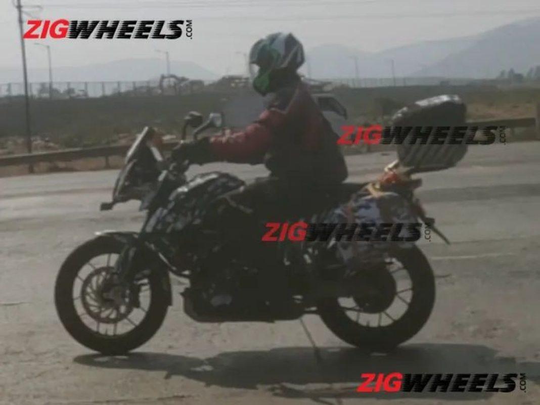 KTM-390-Adventure-test-mule-spied-2