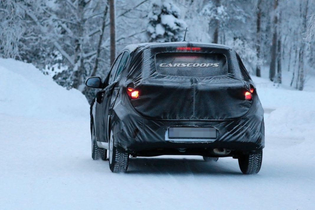 New-Hyundai-i10-interior-spied-5