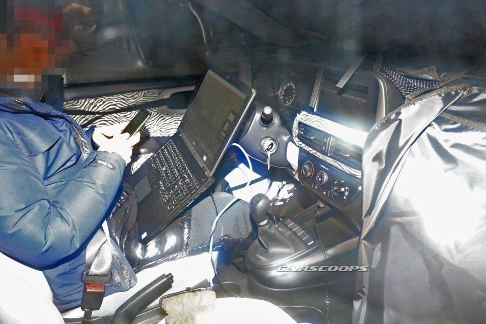 New-Hyundai-i10-interior-spied
