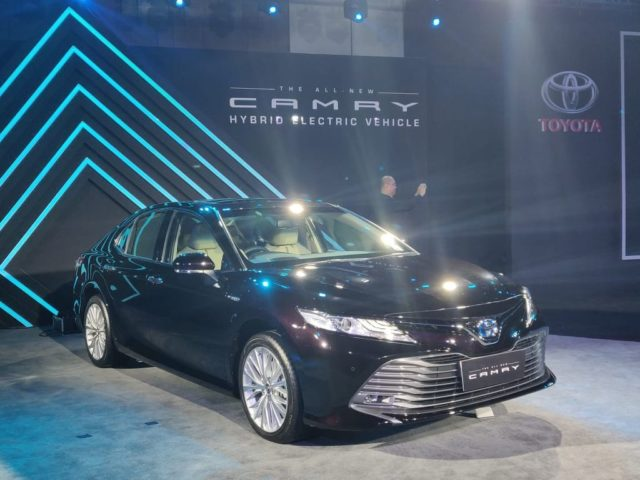 Toyota-Carmy-Launched-in-India-2