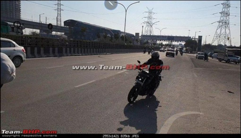 Yamaha-MT-15-spied-In-India-again-1