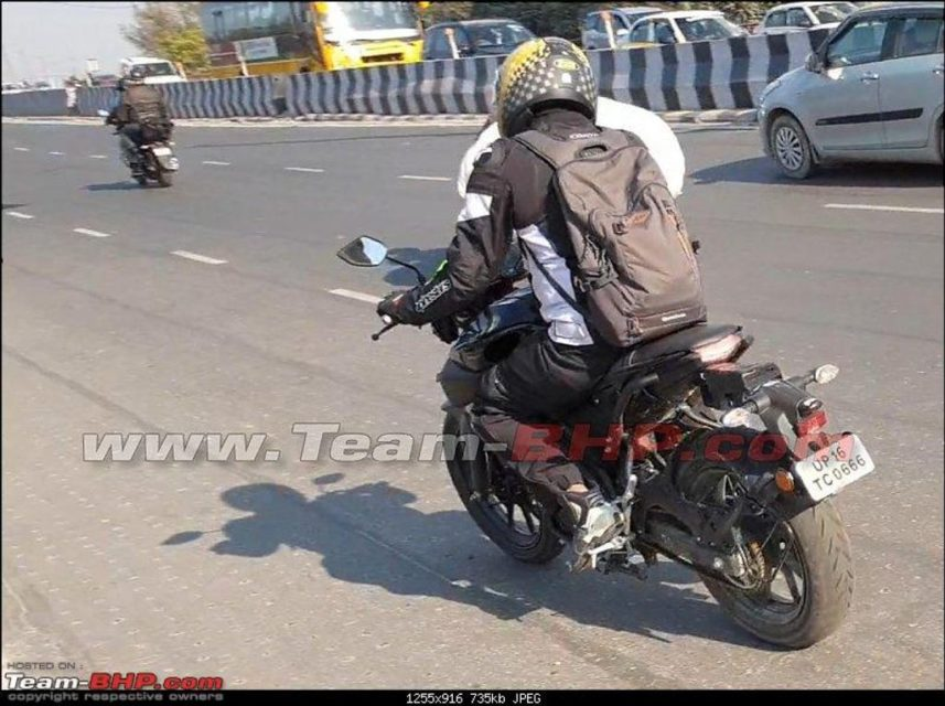 Yamaha-MT-15-spied-in-India-2