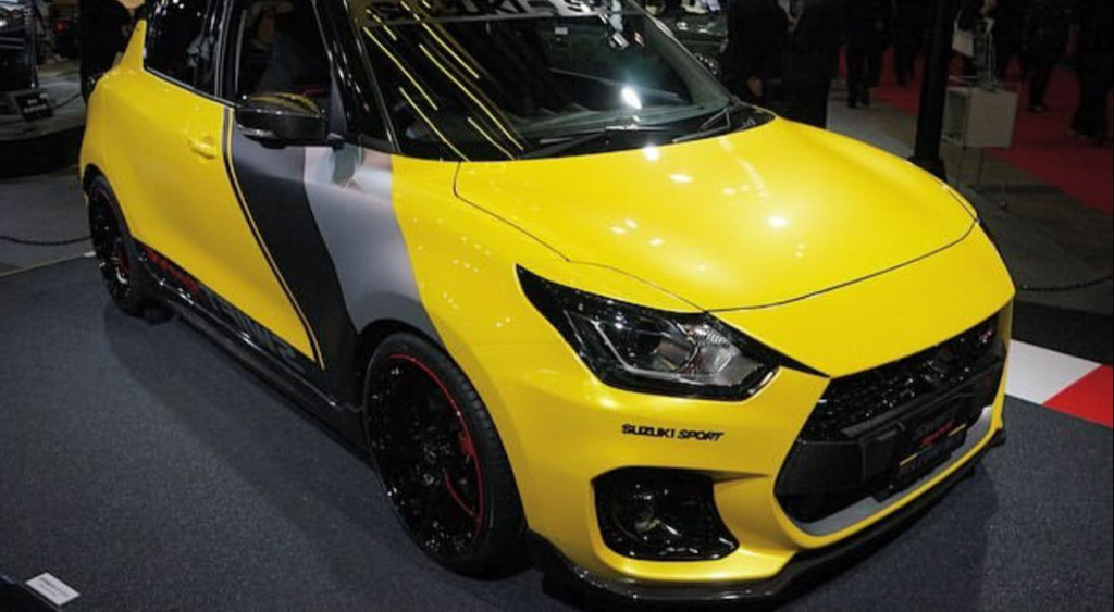 suzuki swift sport yellow rev concept sizzles the crowd at. Black Bedroom Furniture Sets. Home Design Ideas