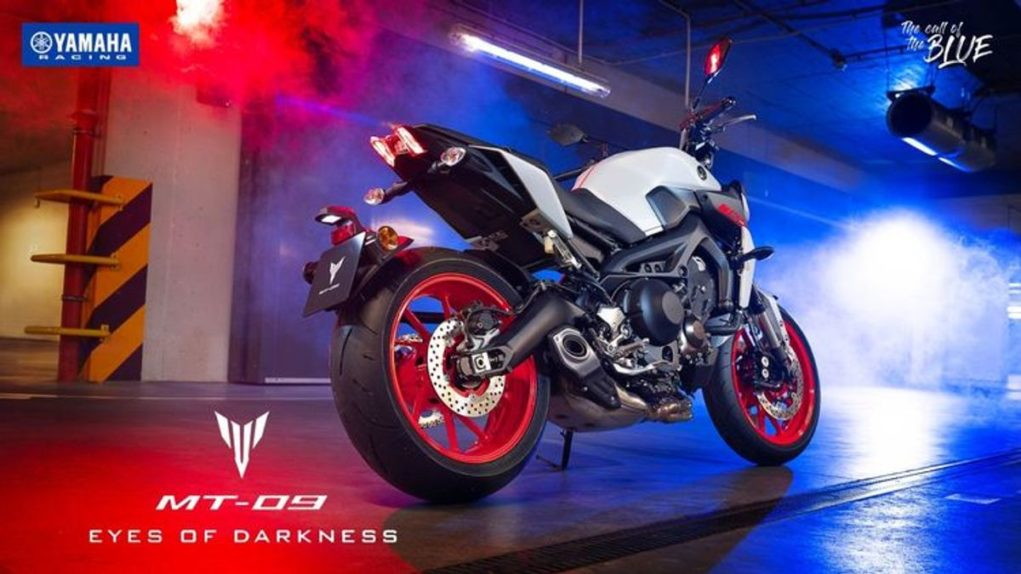2019-Yamaha-MT-09-launched-in-India-rear