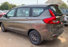 2019 maruti ertiga black alloys-3