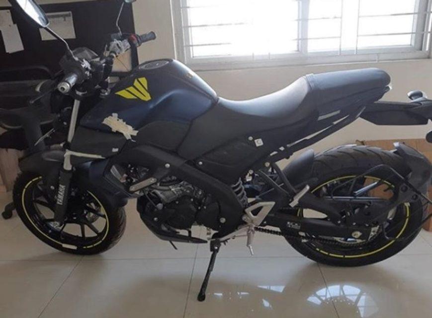 India-spec-Yamaha-MT-15-spied-1