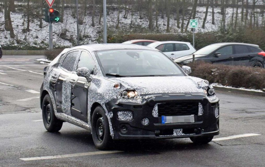 2020 Ford EcoSport Spy Photos And New Generation >> Next Gen Ford Ecosport Taillights And Interior Spied