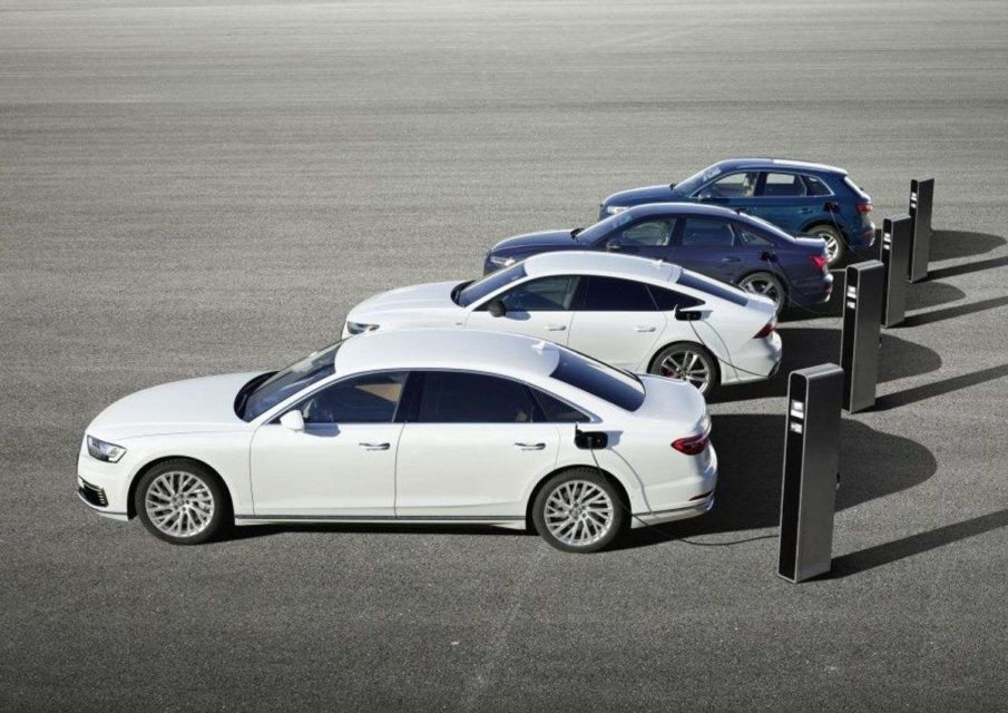 Audi-Q5-Plug-in-Hybrid-model-2