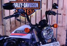 Harley-Davidson-Forty-Two-Special-launched-in-India-3