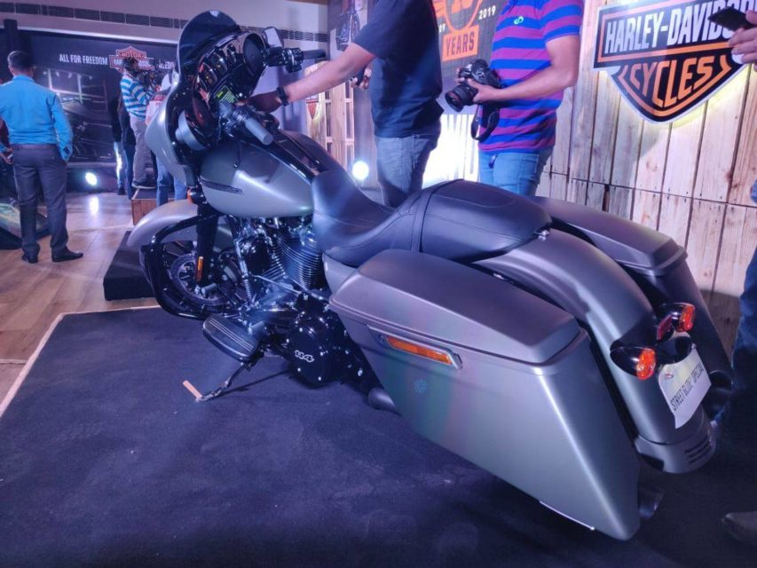 Harley-Davidson-Street-Glide-Special-launched-in-India-5