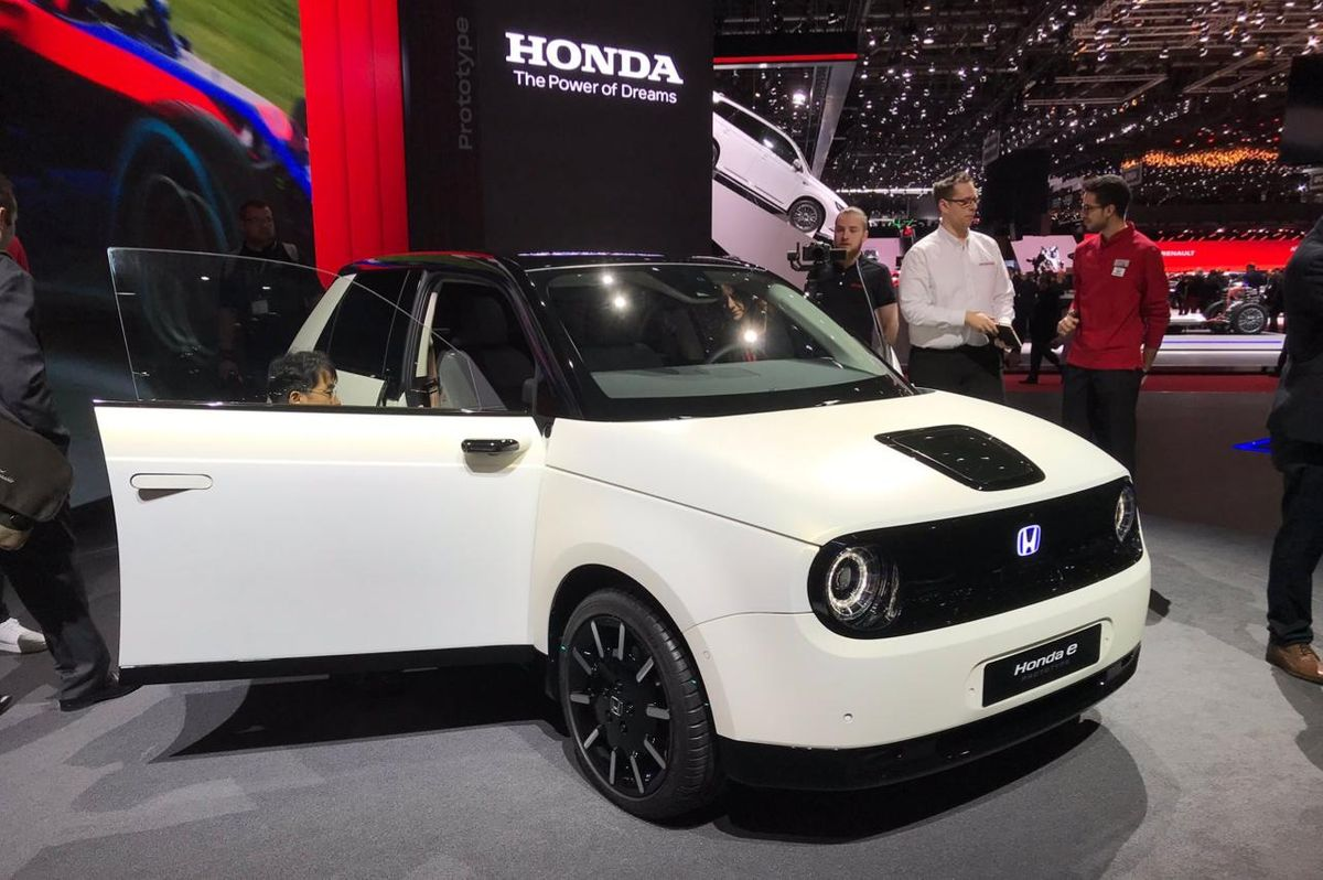 Honda E Prototype Previews First Realistic Small Electric