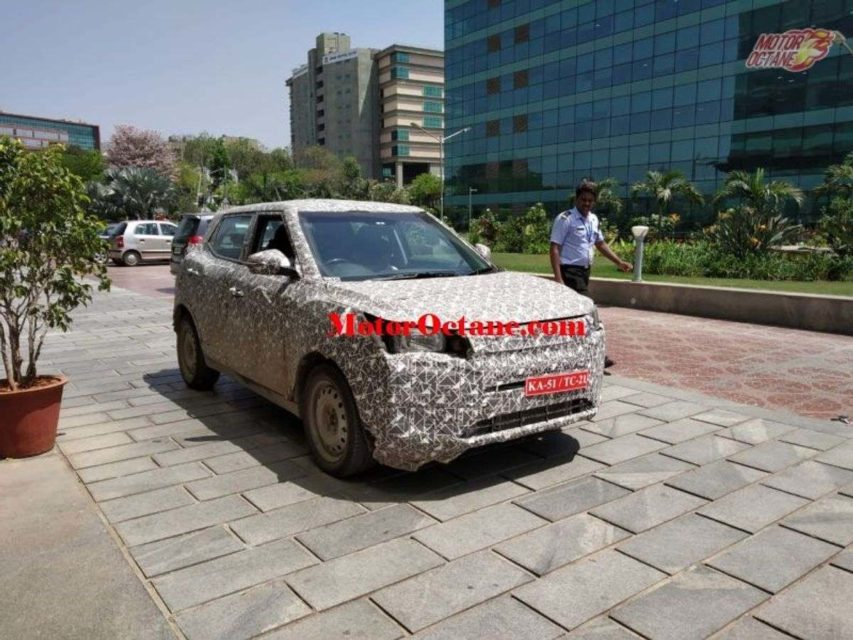 Mahindra-XUV-300-EV-spied-for-first-time