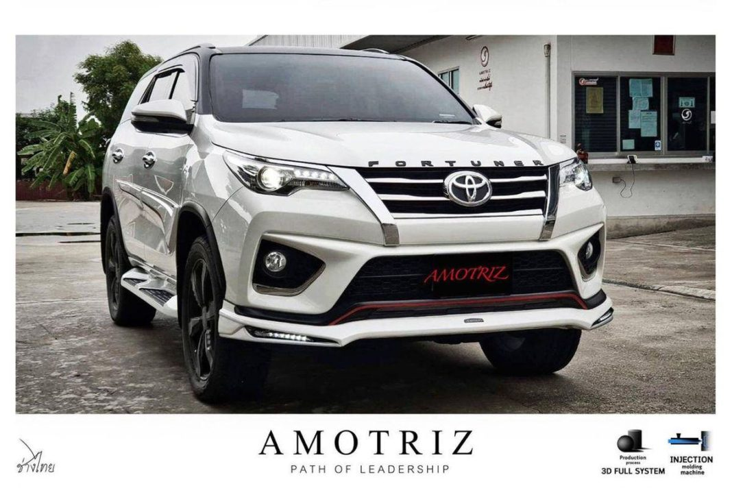 Toyota-Fortuner-with-Amotriz-body-kit-2