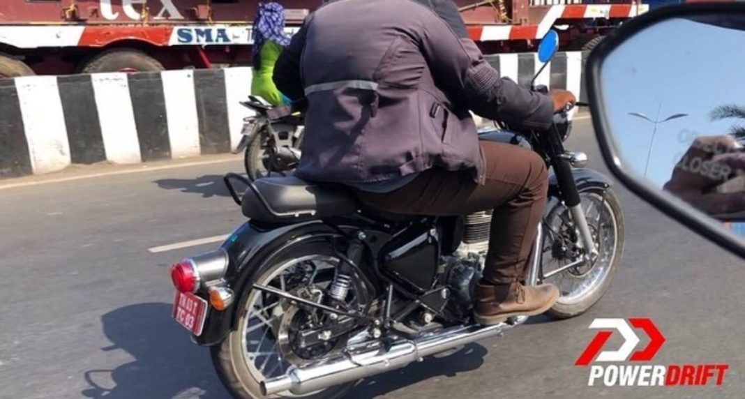 Updated-Royal-Enfield-Classic-Spied-2