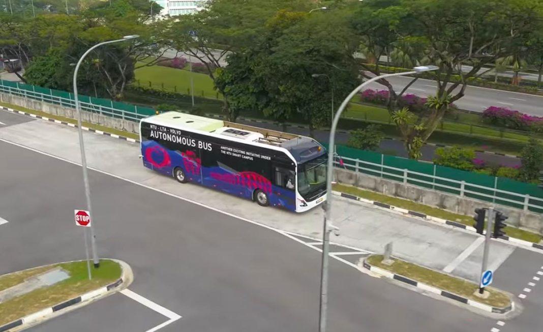 volvo autonomus bus singapore-1