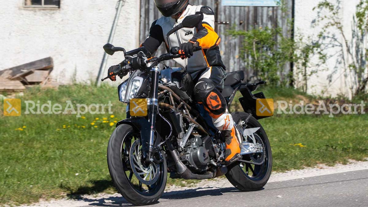 2020 Ktm Duke 390 Spotted Testing For The First Time