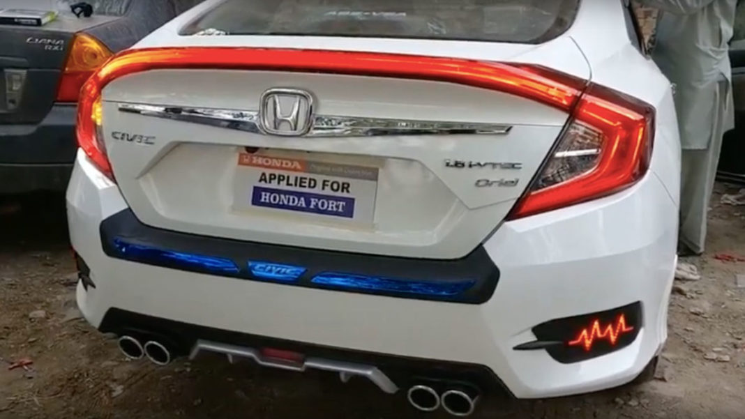 Customised Honda Civic With LED Boot Spoiler 1