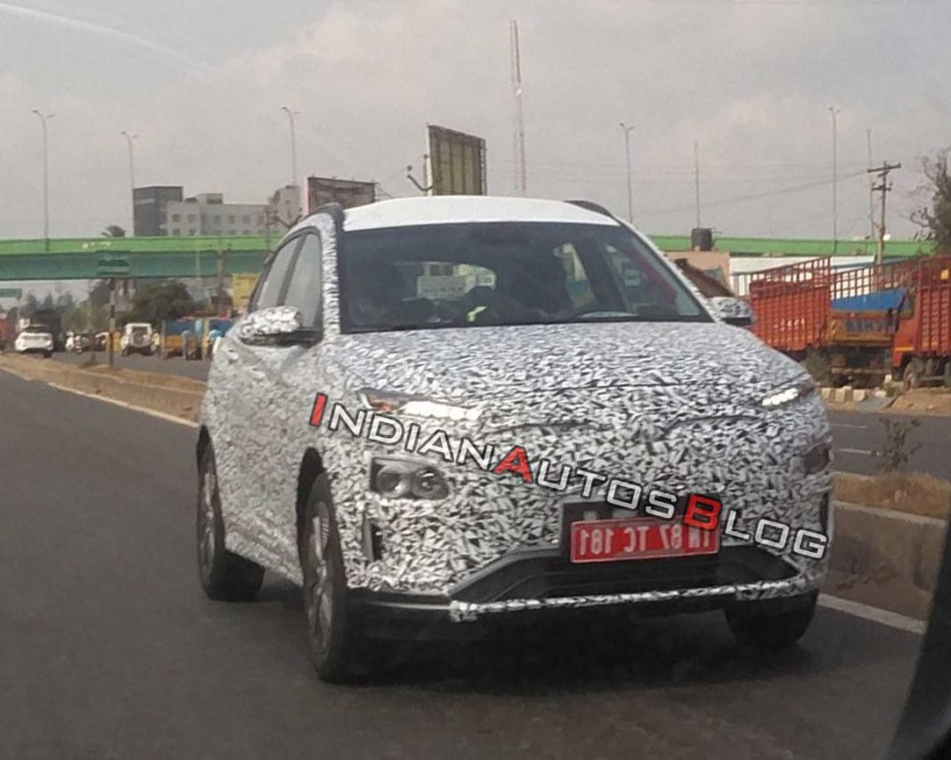 Hyundai-Kona-EV-spied-ahead-of-launch