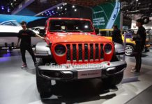 Jeep Gladiator Pickup Truck Shanghai Motor Show 1
