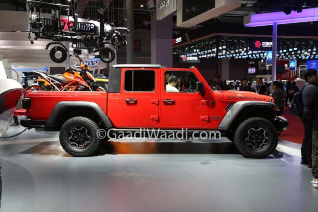Jeep Gladiator Pickup Truck Shanghai Motor Show 6