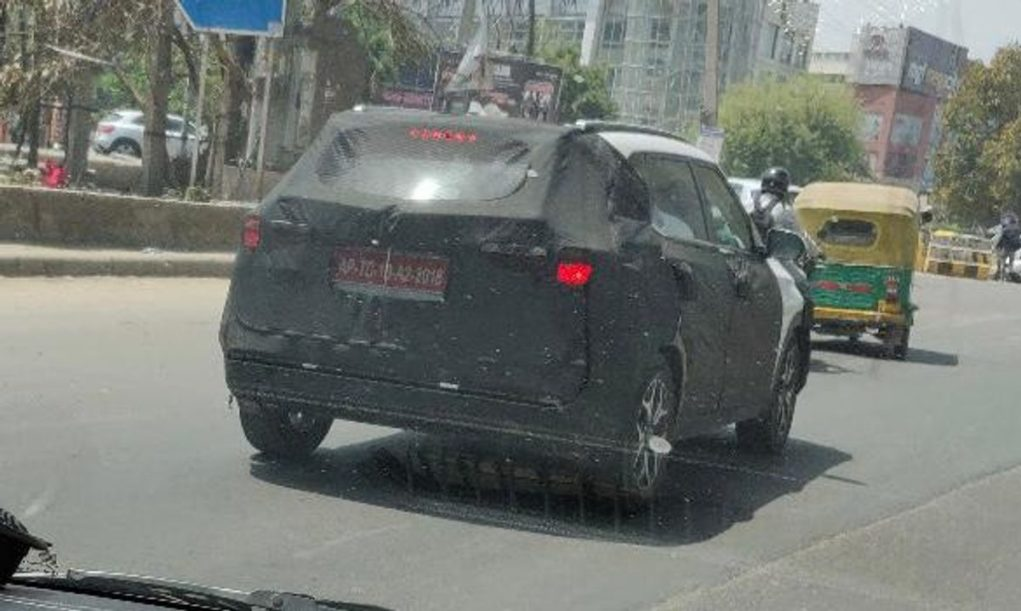 Kia-SP2i-spied-again-in-India-2