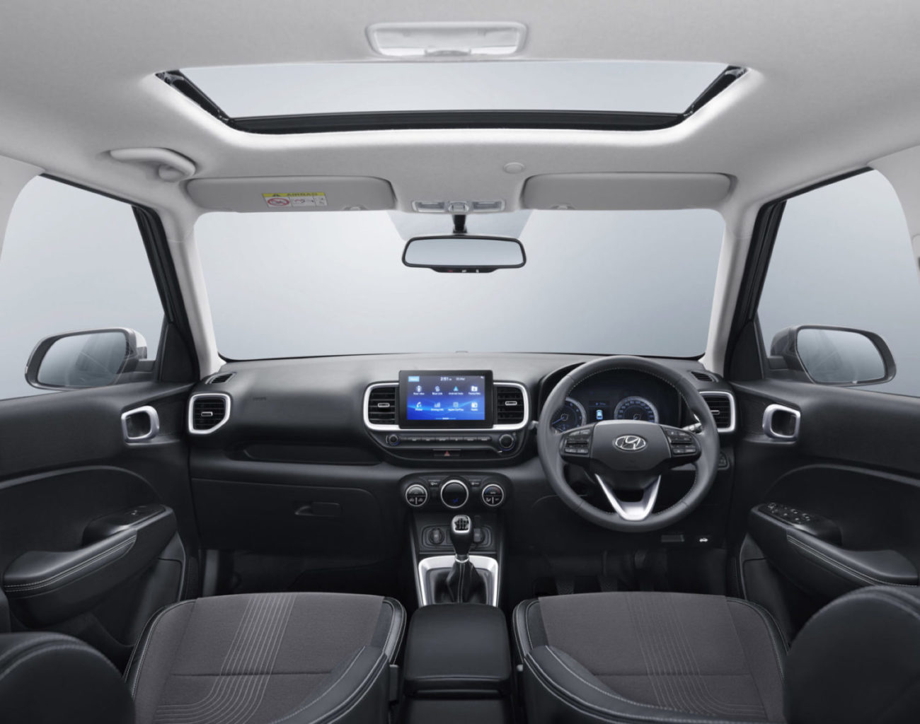 Hyundai Venue Vs Maruti Vitara Brezza Vs Mahindra Xuv300
