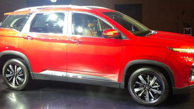 mg hector revealed side