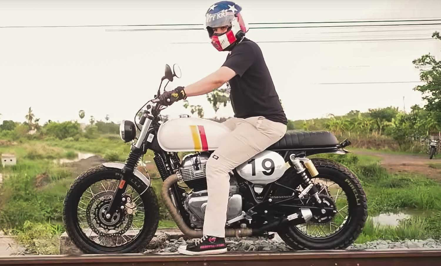 royal enfield interceptor  turned   jaw dropping tracker  perfection