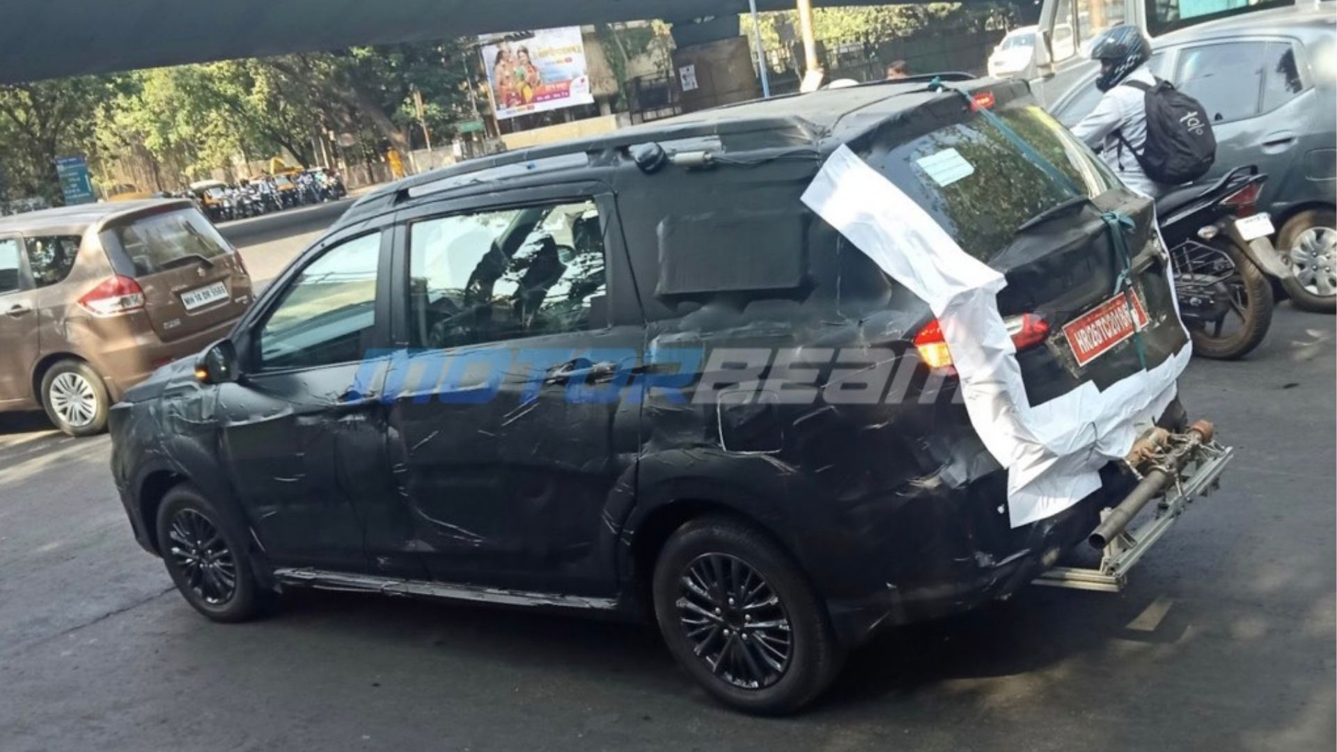 6 Seater Maruti Ertiga Sport Spied In India For The First Time Ever
