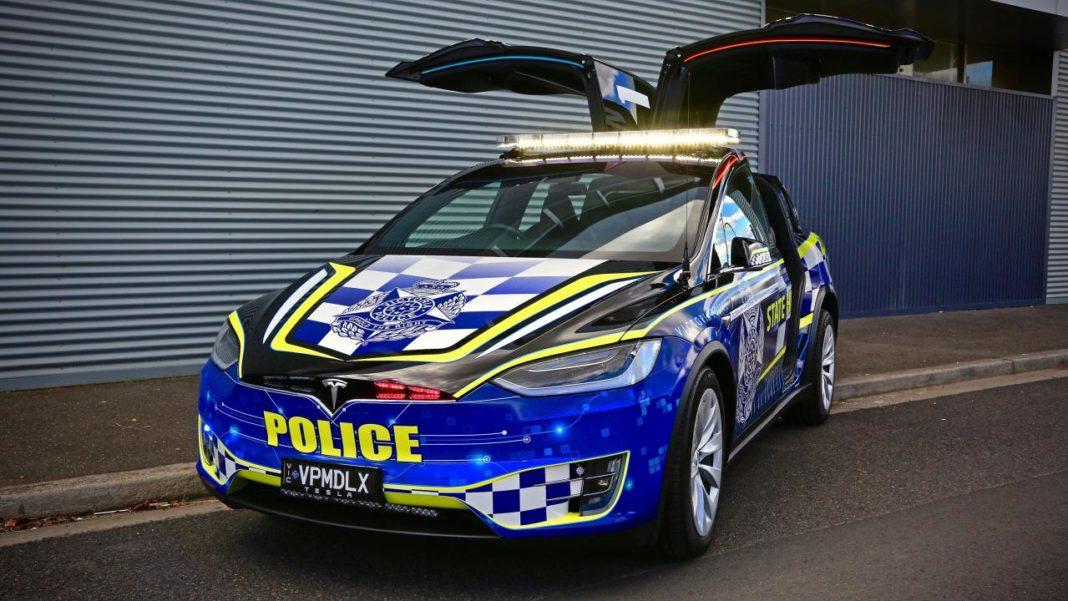 tesla model x australia police