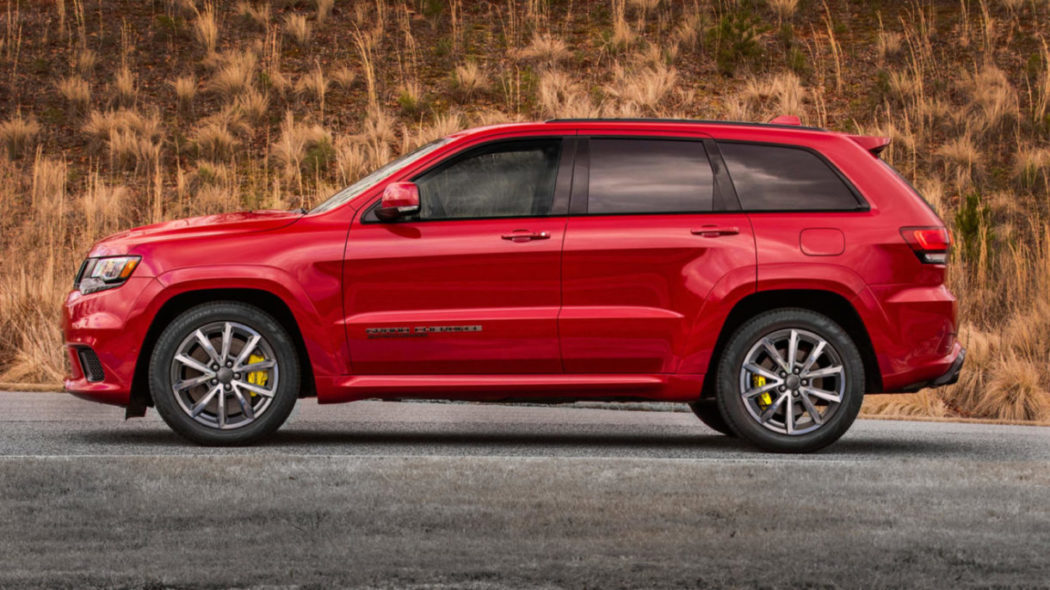 Ms Dhoni Buys India S First Jeep Grand Cherokee Trackhawk Suv With