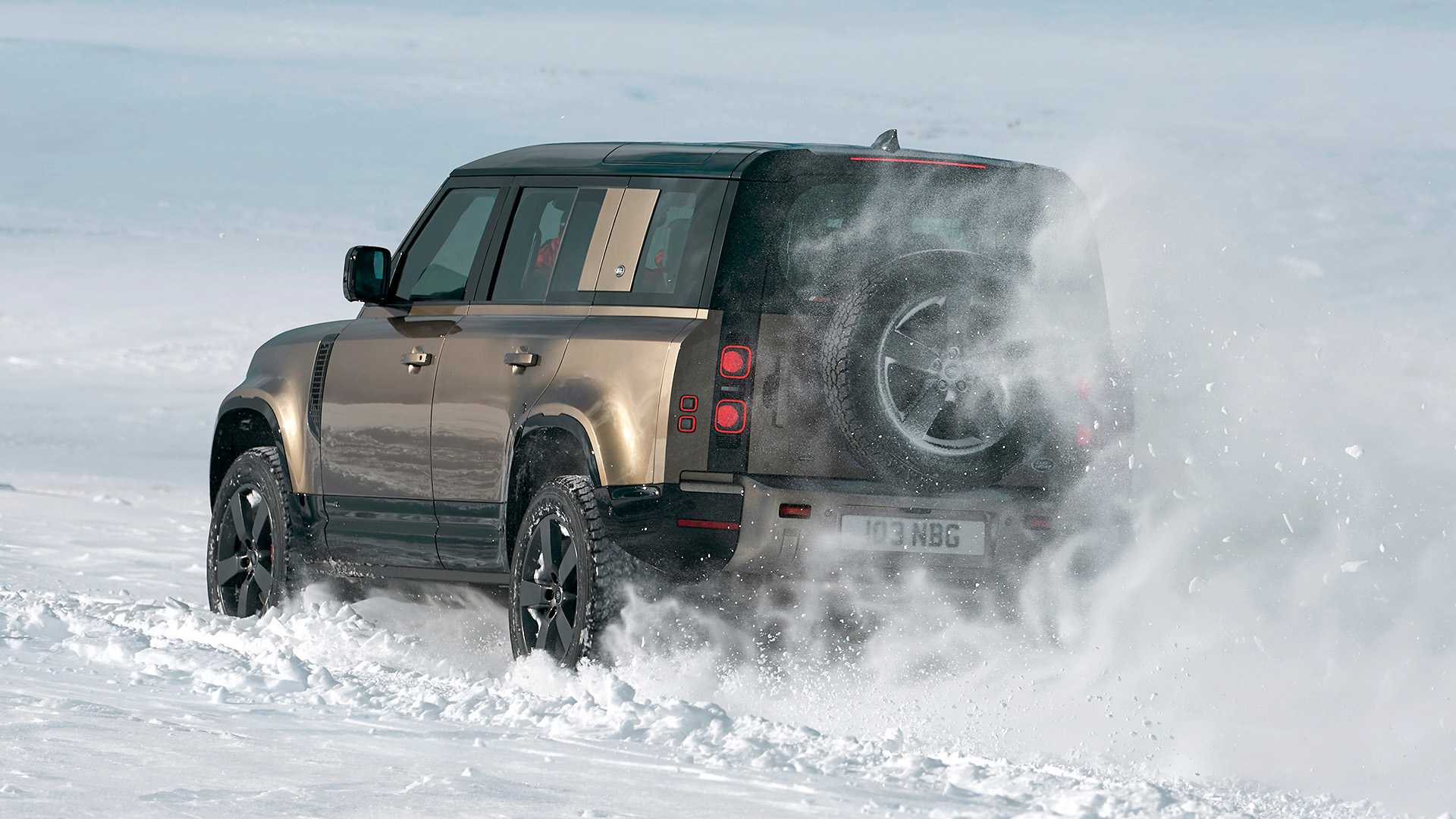 Richard Hammond meets the new Land Rover Defender