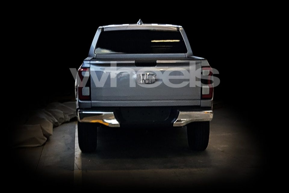 ford-ranger-rear-2021