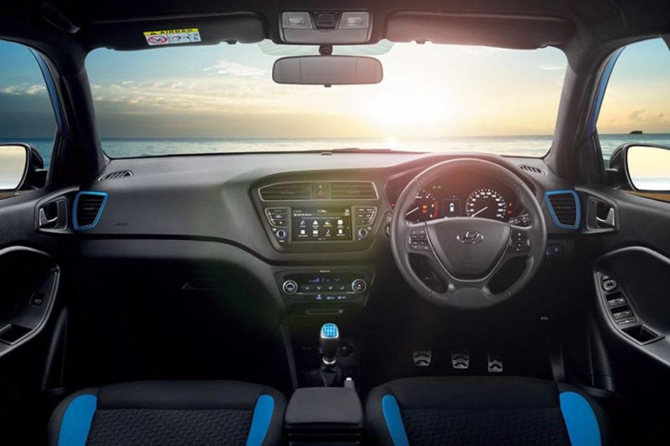 Hyundai ACTIVE I20-3