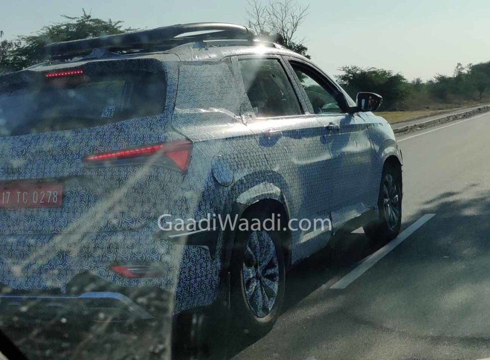 MG Hector Plus Spied 2