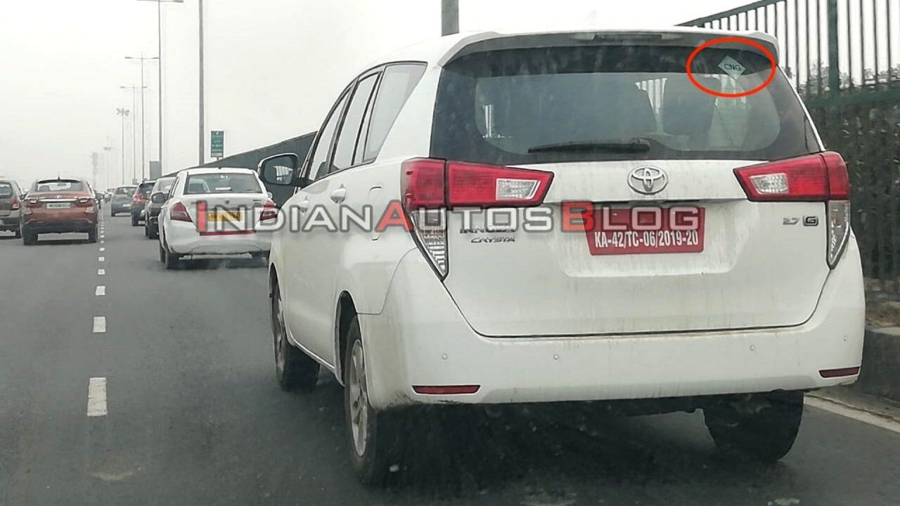 Toyota Innova Crysta Cng
