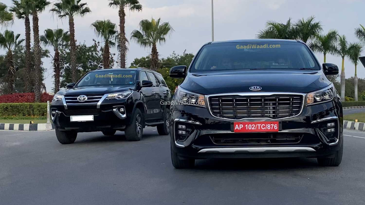 Kia Carnival Vs Toyota Fortuner – Specs & Features Comparison