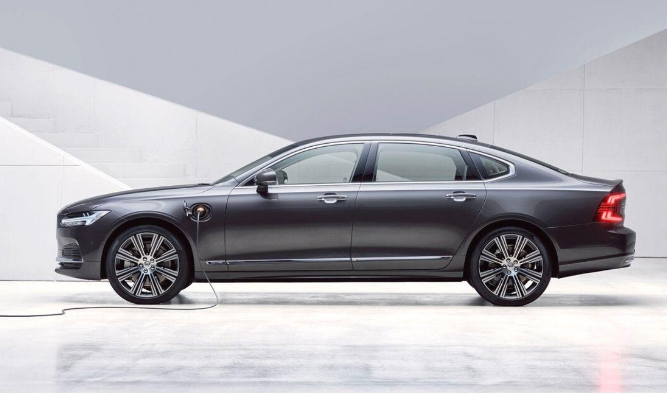 India-bound 2021 Volvo S90, V90 Revealed With Mild-hybrid ...