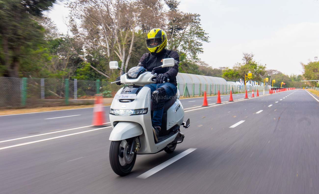 TVS iQube Electric Scooter Review: The Future Is Now? thumbnail