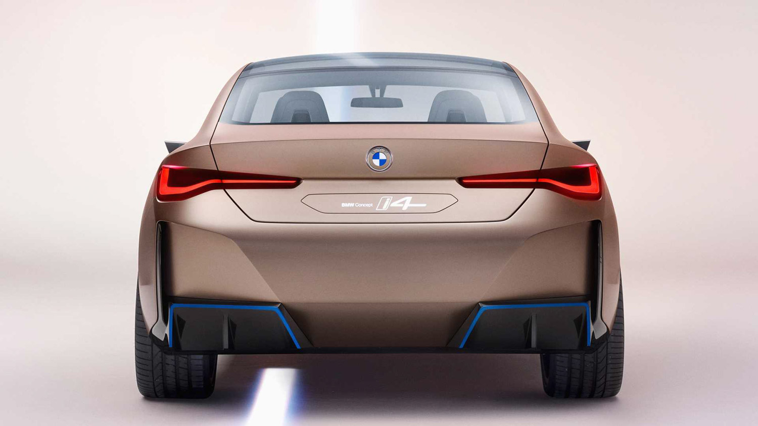 BMW i4 Electric Car Concept Revealed, Looking Mesmerising