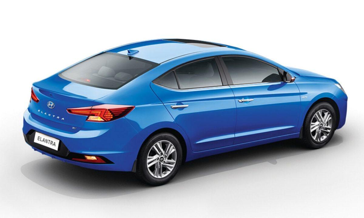 Hyundai Elantra2