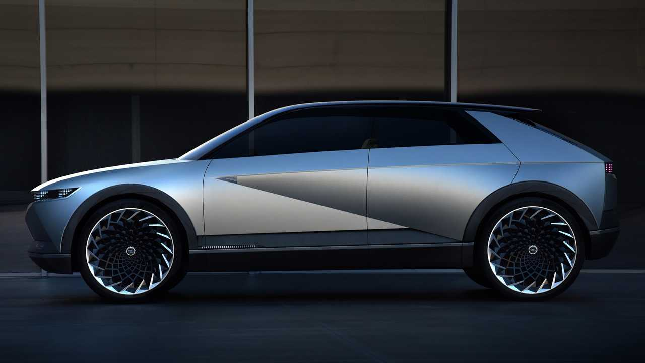 Hyundai's 45 Concept Based New Electric SUV Spied On Test