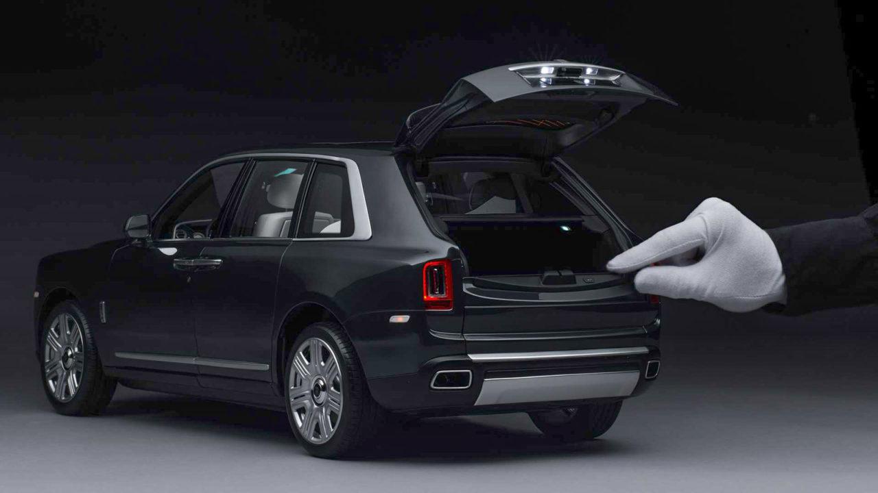 Rolls Royce Cullinan Official Scale Model-1