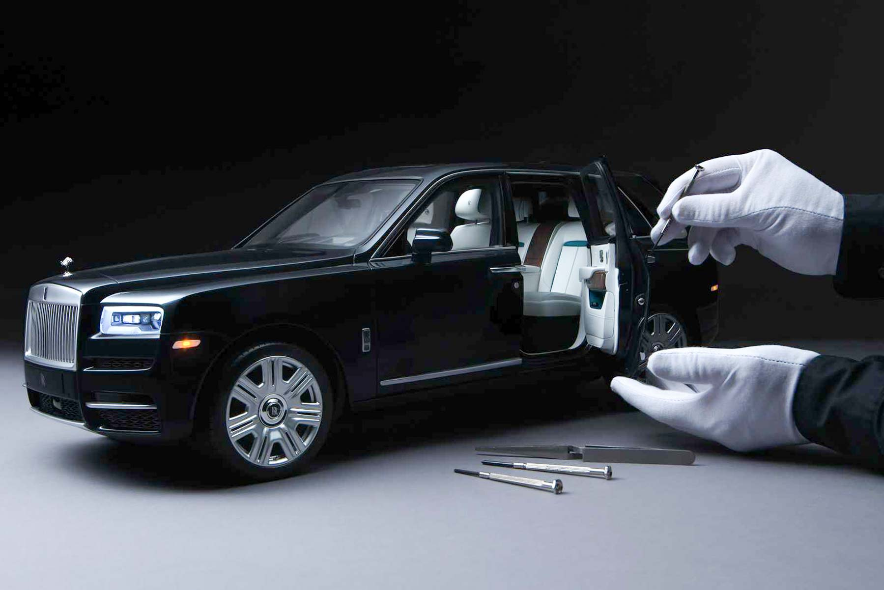 Rolls Royce Cullinan Official Scale Model Priced At Rs. 28 Lakh (£30,000)