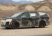 toyota new hybrid minivan -1