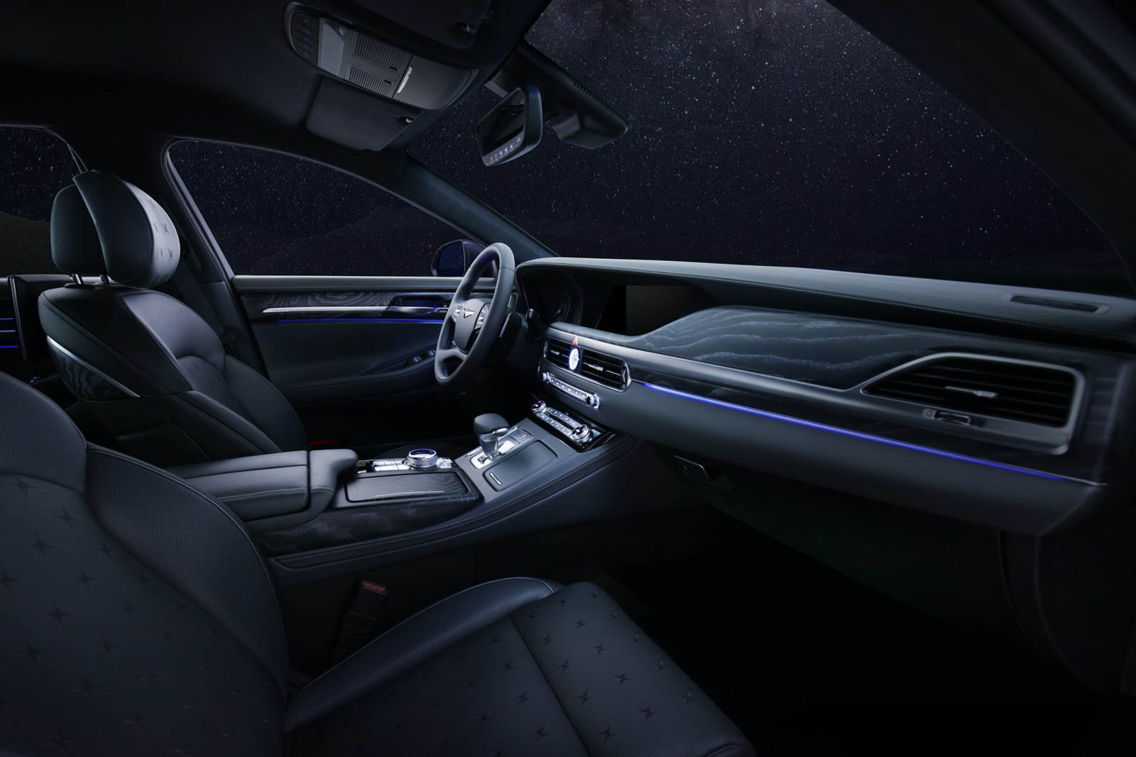 Hyundai's Genesis G90 Luxury Sedan Gets Stardust Special Edition For 2021
